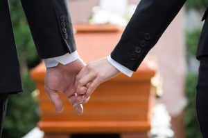 Enfant présent aux obsèques