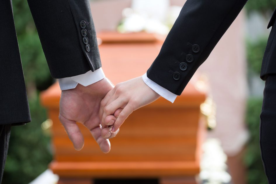 Image La présence de l'enfant aux obsèques