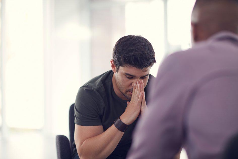 Image Comment aider un collègue en deuil ?